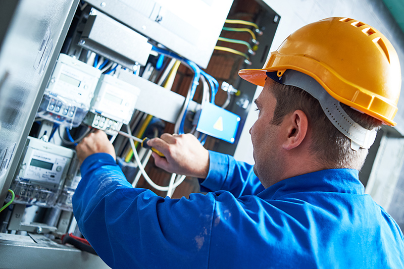 Become An Electrician in Kent United Kingdom