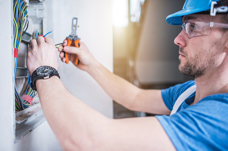 Electrician Qualifications in Kent United Kingdom